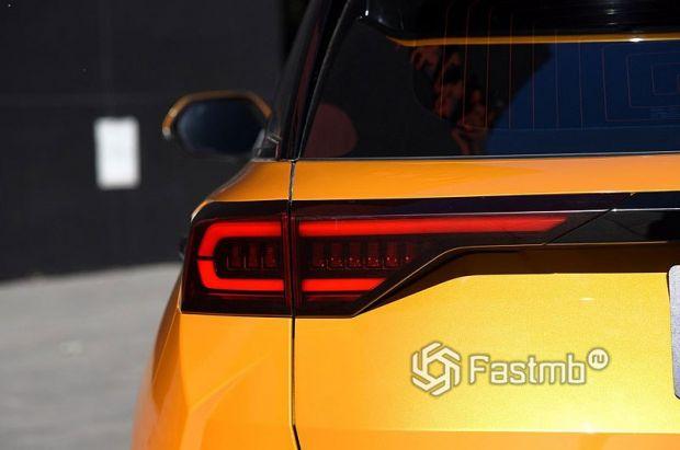 FAW Bestune T77 2021, светодиодные стопы