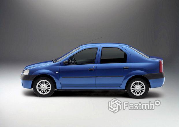 Renault Logan 2004, вид сбоку
