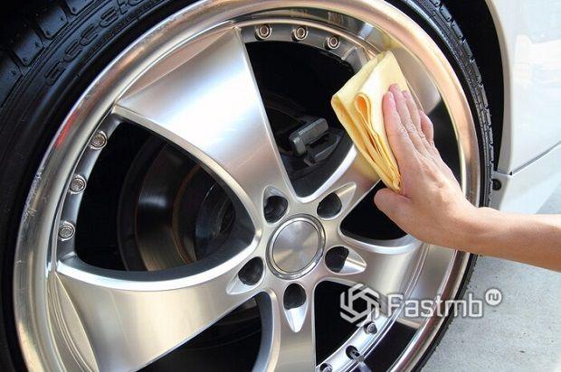 Как хранить автохимию и автокосметику для дисков и шин