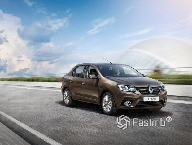 Renault Logan 2018, вид спереди