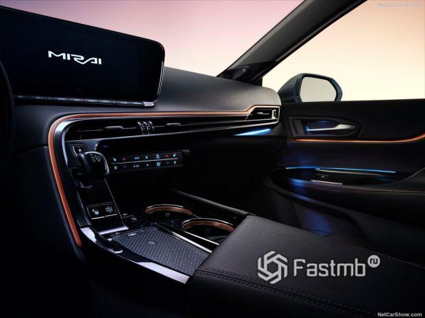 Toyota Mirai 2022, интерьер