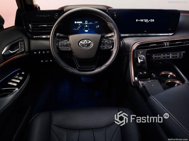 Toyota Mirai 2022, руль и панель управления