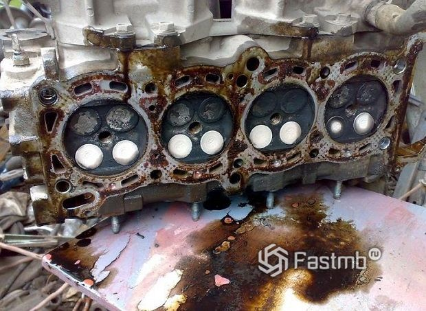 Очистка мотора от нагара