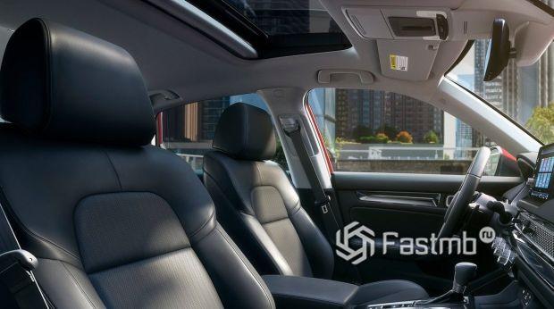 Honda Civic Sedan 2022, люк с электроприводом