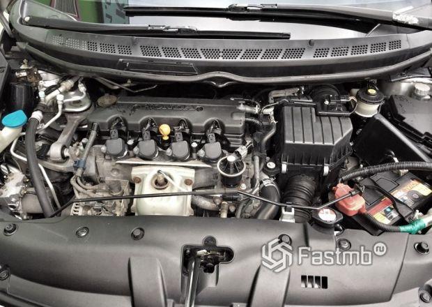 Honda Civic Sedan 2019, двигатель