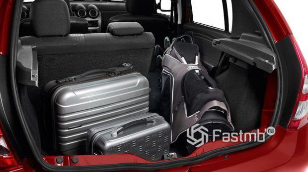Renault Sandero Stepway 2010, багажное отделение