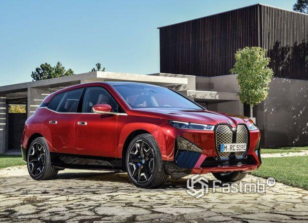 BMW iX Sport 2022, вид спереди