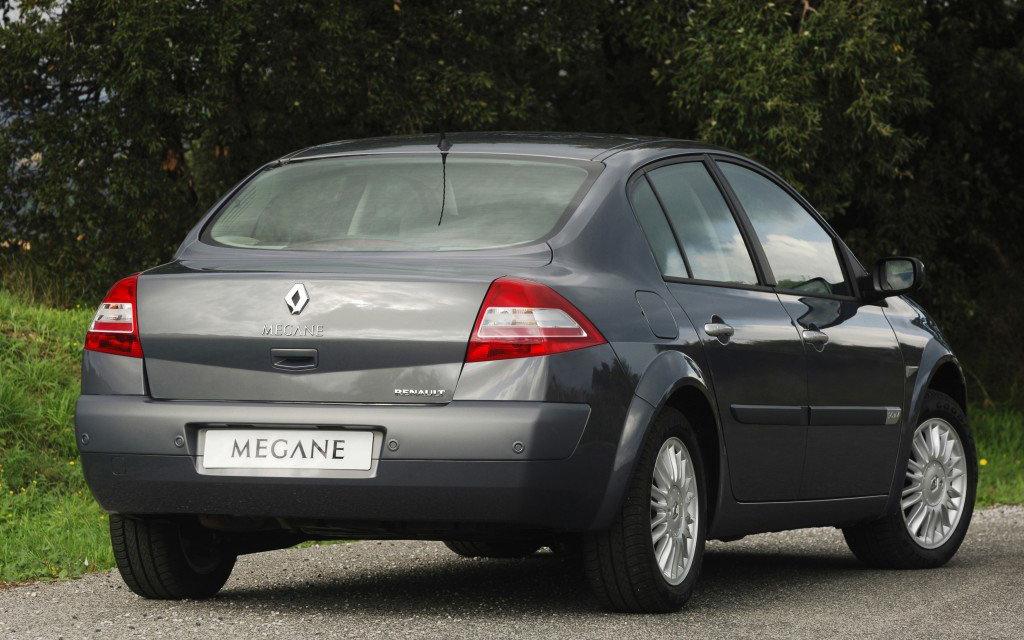 Renault Megane седан 2006 рестайлинг, вид сзади