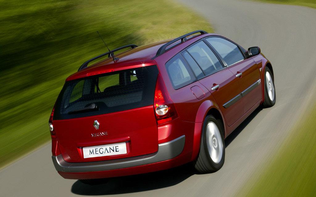 Renault Megane универсал 2006 рестайлинг, вид сзади