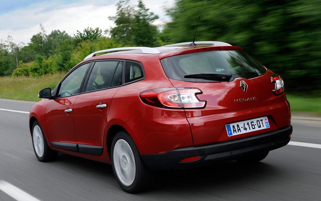 Renault Megane универсал 2009, вид сзади