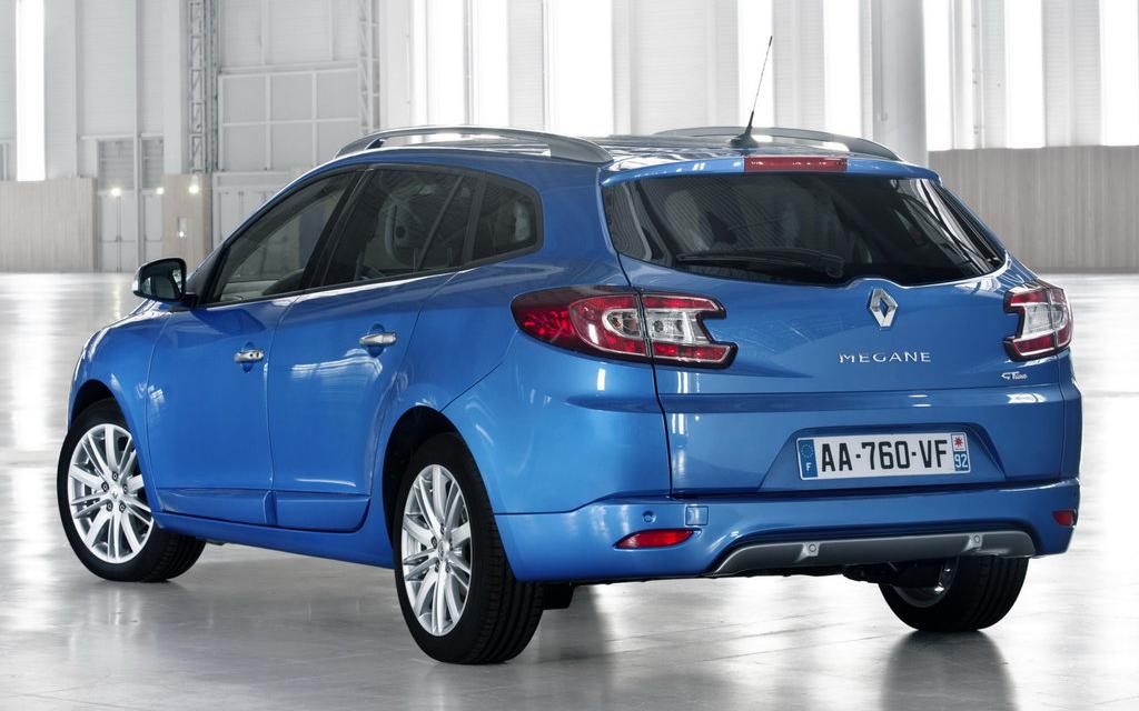 Renault Megane универсал 2014 2-ой рестайлинг, вид сзади