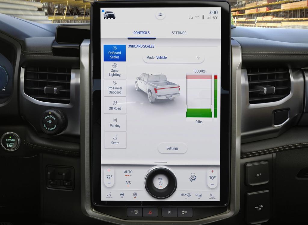 Ford F-150 Lightning 2021, дисплей мультимедийной системы