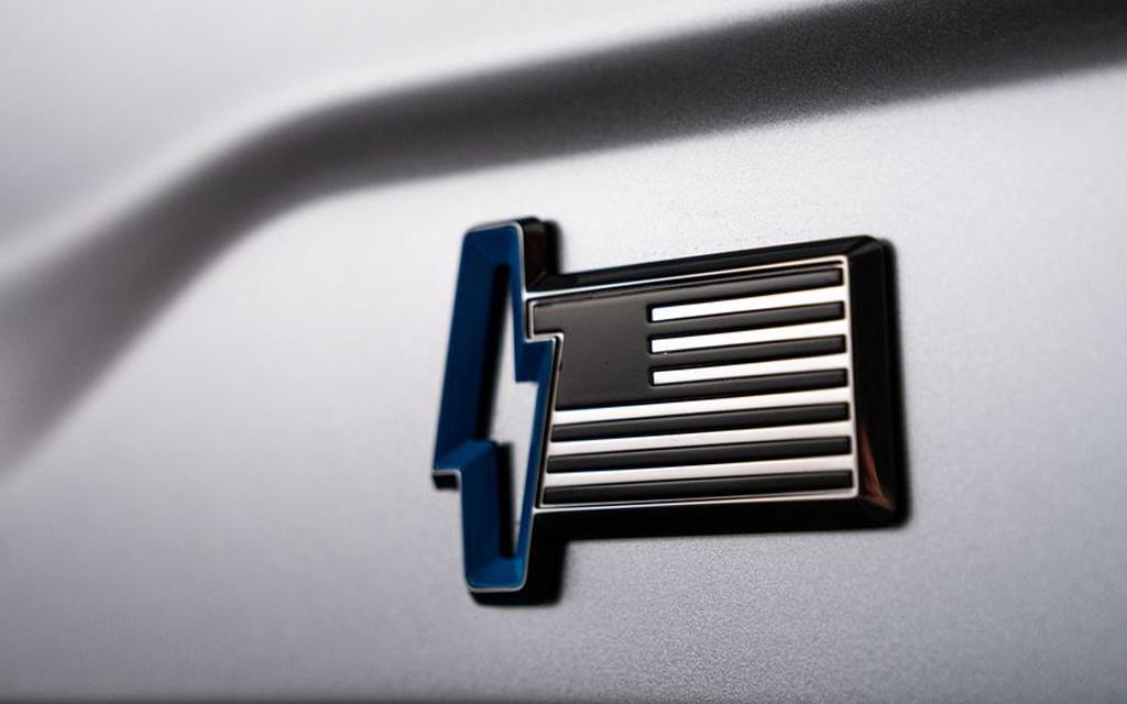 Ford F-150 Lightning 2021, шильдик электрокара