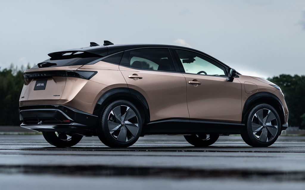 Nissan Ariya 2021, вид сбоку