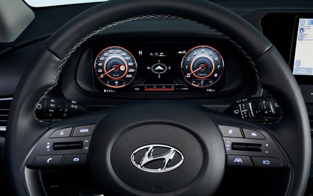 Hyundai Bayon 2022, цифровая панель приборов