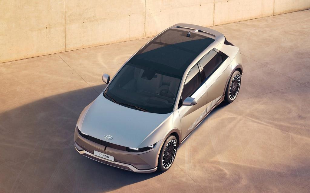 Hyundai Ioniq 5 2022, панорамная крыша