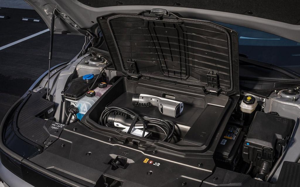 Hyundai Ioniq 5 2022, зарядка для электрокара