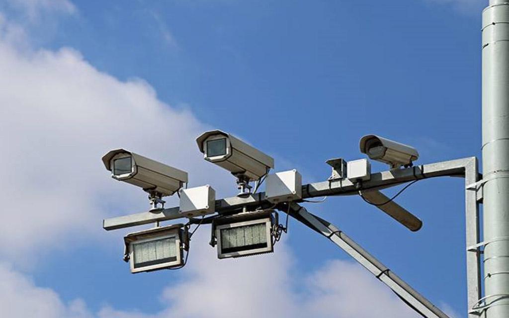 Камеры и датчики фиксации скорости