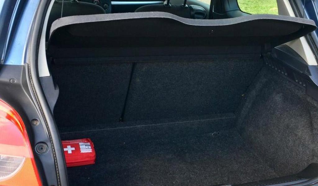 Renault Clio 2009 хэтчбек рестайлинг 3DR, багажное отеделение