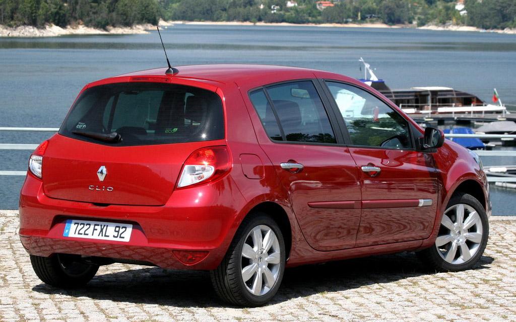 Renault Clio 2009 хэтчбек рестайлинг 5DR, вид сзади