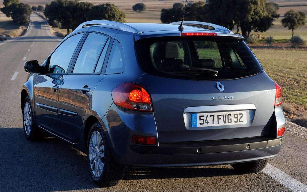 Renault Clio 2009 универсал рестайлинг, вид сзади
