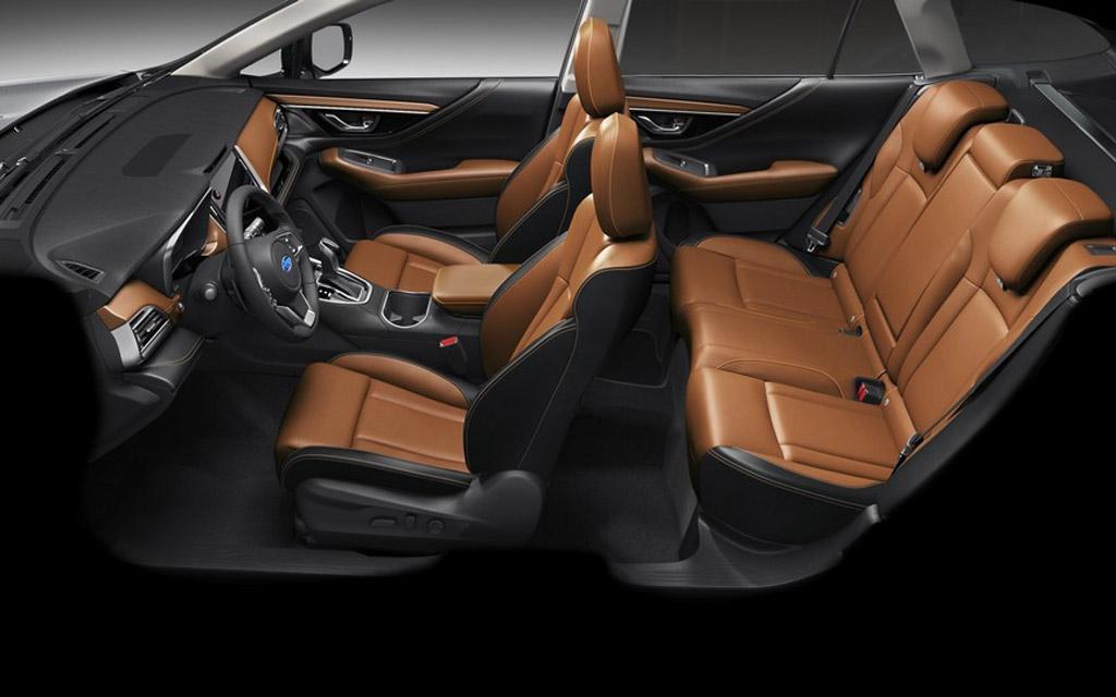 Subaru Outback 2021, сиденья
