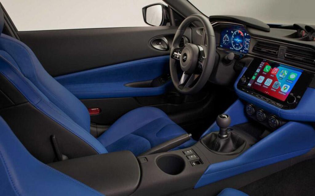 Nissan Z 2021, дисплей мультимедийки