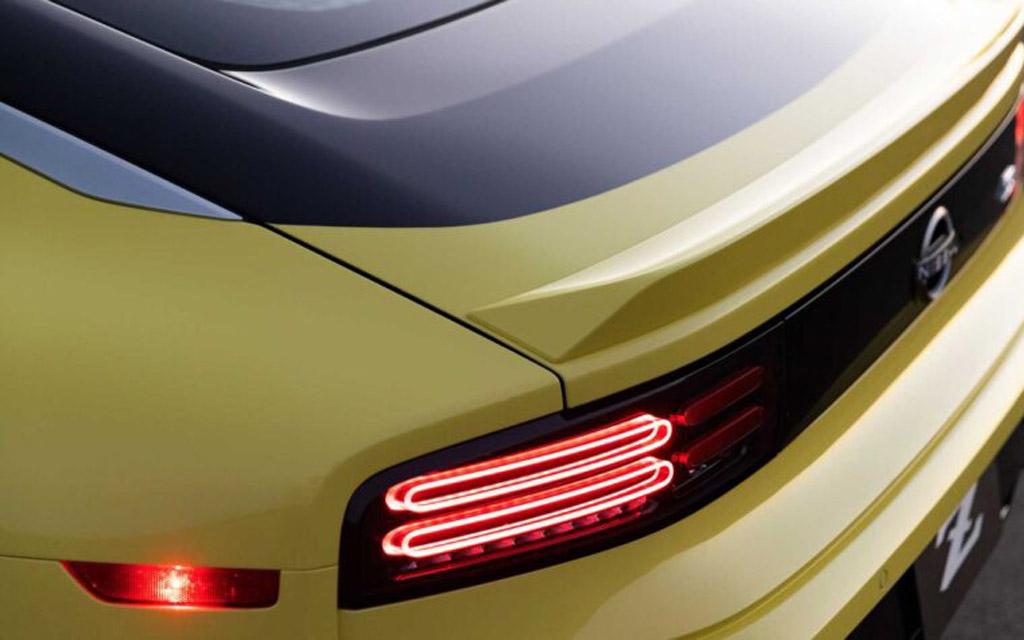Nissan Z 2021, светодиодные стопы