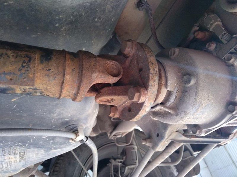 Что свидетельствует о повреждении кардана