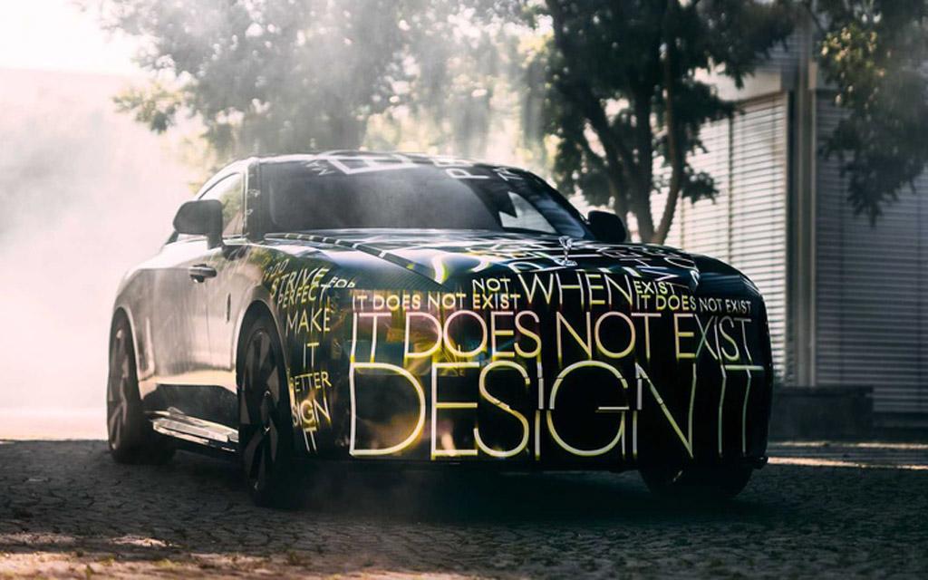 Rolls Royce Spectre, капот