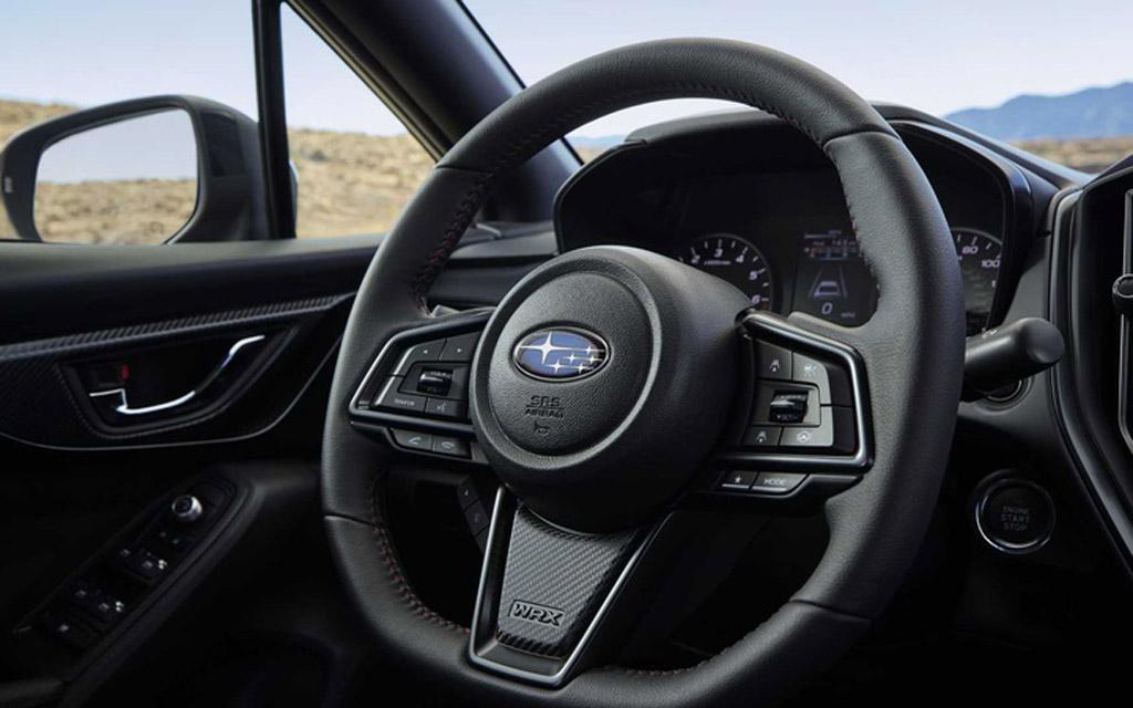Subaru WRX 2022, рулевое колесо